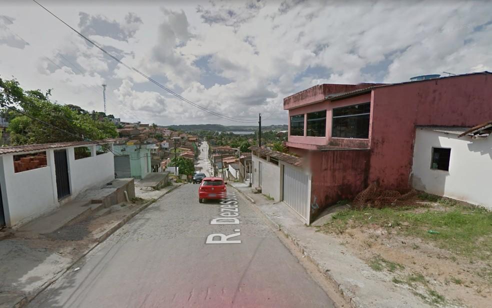 Rua Dezessete, em Pontes dos Carvalhos, no Cabo de Santo Agostinho, Grande Recife — Foto: Reprodução/Google Street View