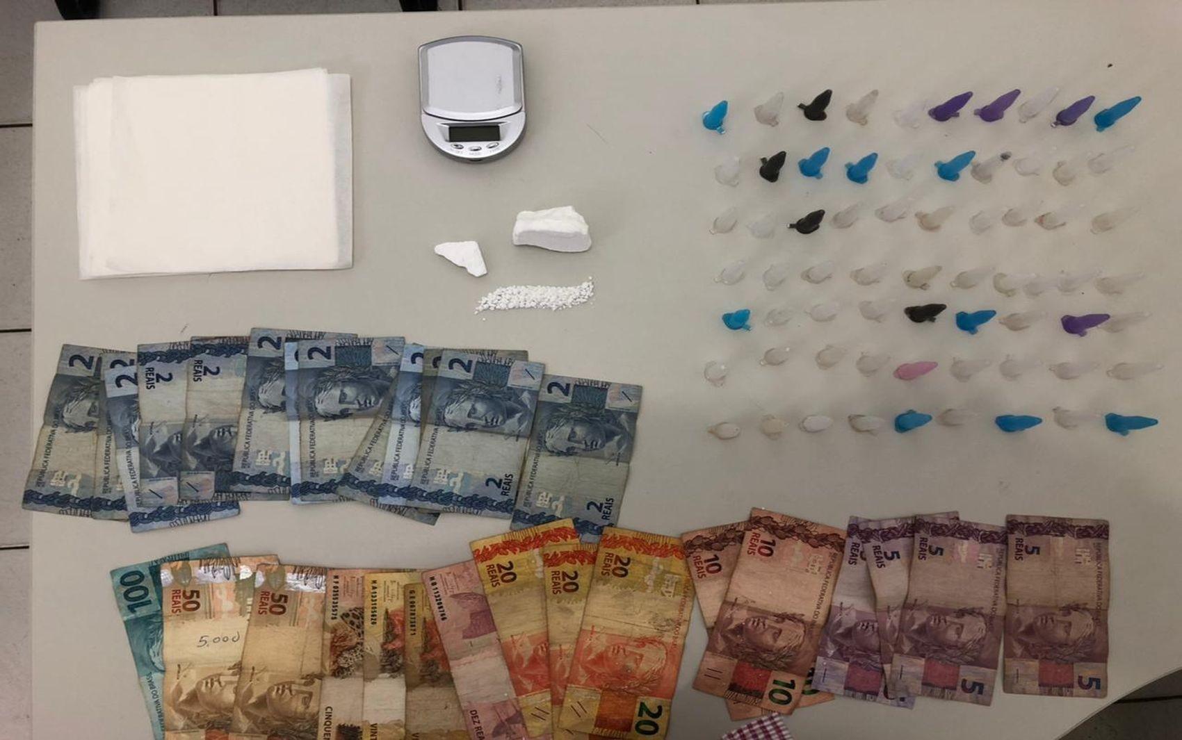 Homem é preso suspeito de vender drogas no município de Carira