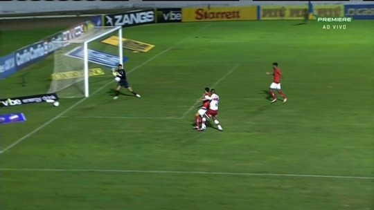 Neto Baiano quebra série sem gols no CRB, mas passa a ter a sombra de Rafael Costa