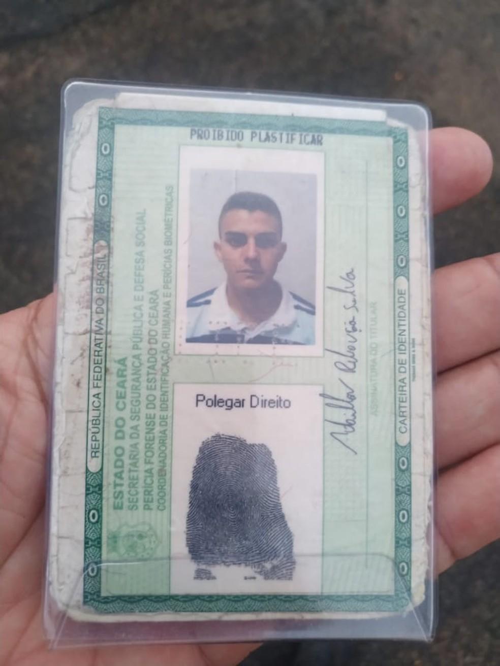 Vítima foi identificada como Adailton Rebouças Silva, de 25 anos. — Foto: Cedida/PM