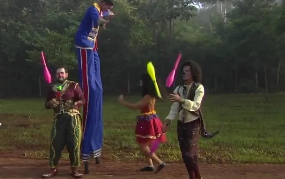 Circo Laheto promove oficinas circenses — Foto: Reprodução/TV Anhanguera