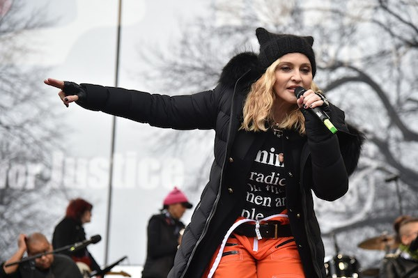 A cantora Madonna no protesto contra Donald Trump (Foto: Getty Images)