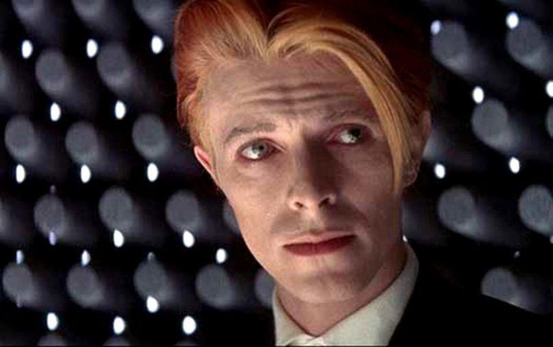 David Bowie em O Homem Que Caiu na Terra (Foto: divulgação)