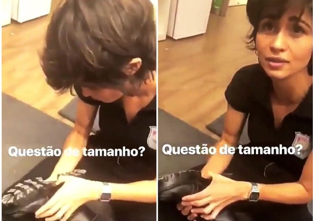 Nanda Costa olhando o número do seu calçado no camarim (Foto: Reprodução/Instagram)