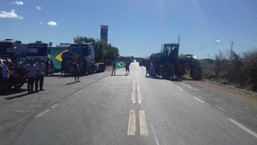 Protesto dos caminhoneiros acontece também em Bom Jesus. (Foto: Divulgação/PRF)