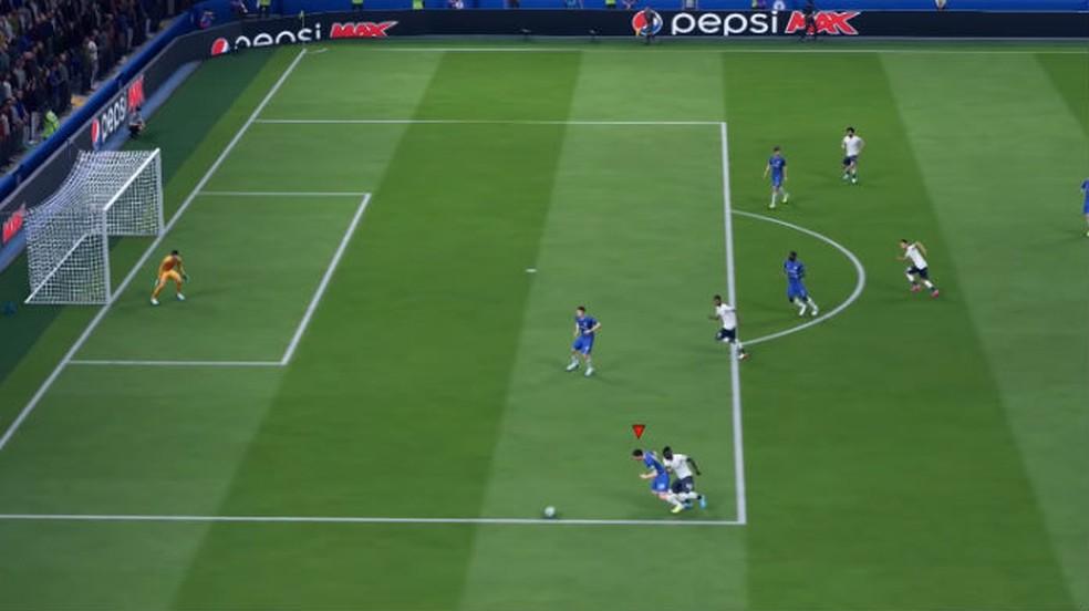 FIFA 20: marcar sob pressão cansa os jogadores, mas garante mais roubadas de bola — Foto: Reprodução / Thomas Schulze