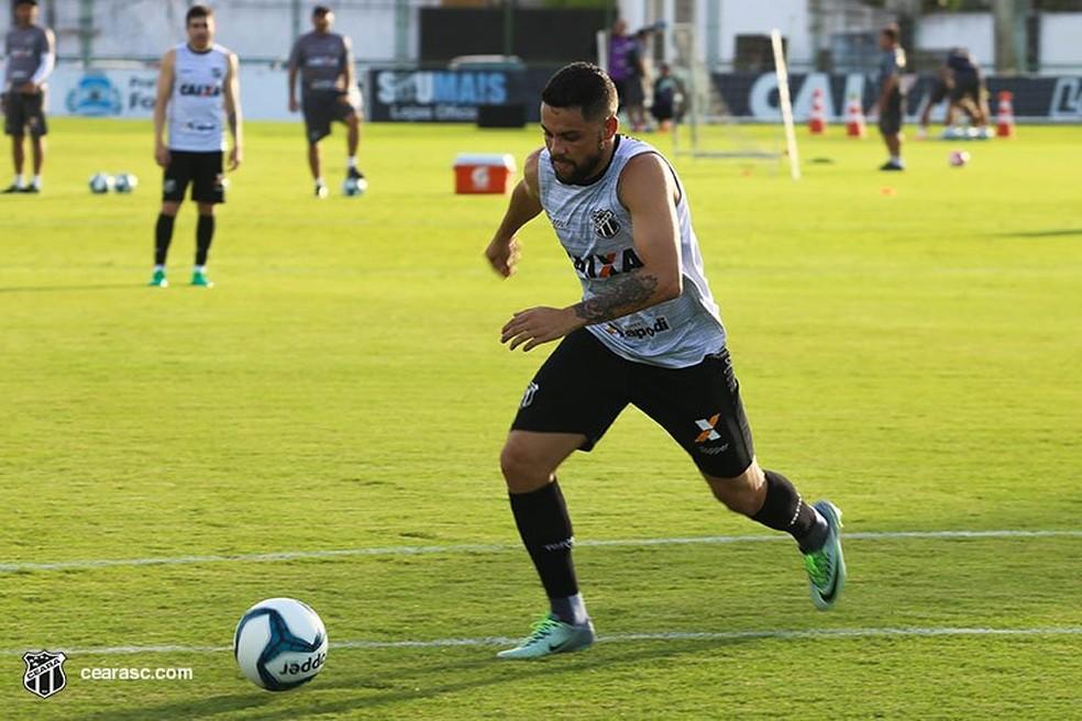 Felipe Azevedo, atacante do Ceará (Foto: Lucas Moraes/Cearasc.com)