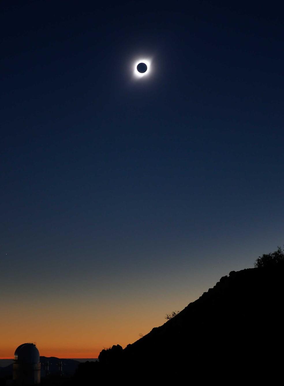Eclipse solar foi observado em Coquimbo, Chile. — Foto: Rodrigo Garrido/Reuters