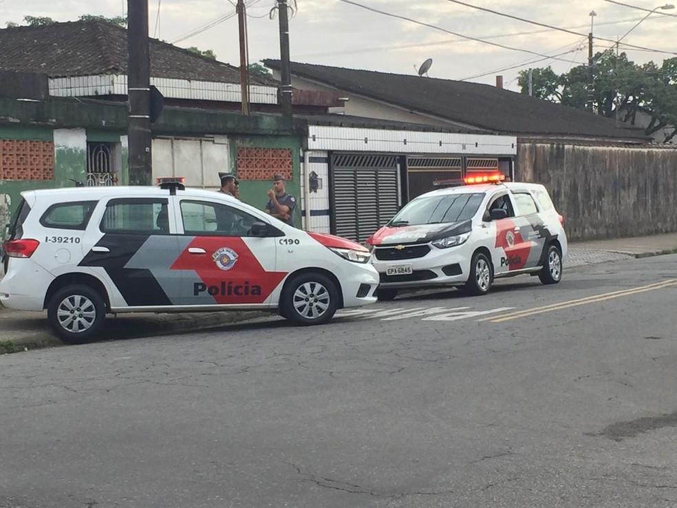 Criminoso matou três pessoas e deixou uma ferida no bairro Jóquei Clube — Foto: G1 Santos