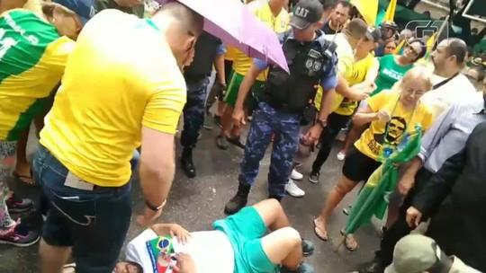 Manifestante cai de trio elétrico durante manifestação em defesa de Bolsonaro em Belém; veja vídeo