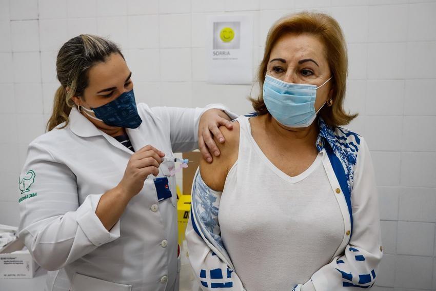 RS espera receber 441,5 mil doses de vacinas contra Covid