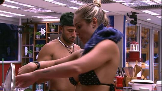 Jéssica elogia Kaysar: 'Você é o número 1'