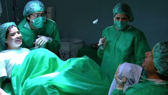 'Zorra' revela surpresa em trabalho de parto