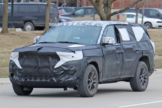 Jeep Grand Cherokee 7 lugares (Foto: Automedia)