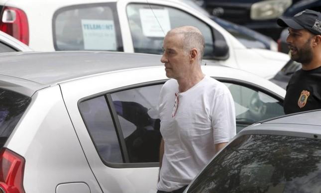 Justiça suspende prazo para Eike pagar fiança e empresário continuará em casa