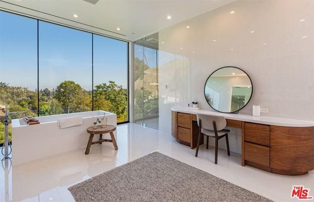 John Legend e Chrissy Teigen compram mansão por R$ 93 milhões (Foto: Realtor / MLS)
