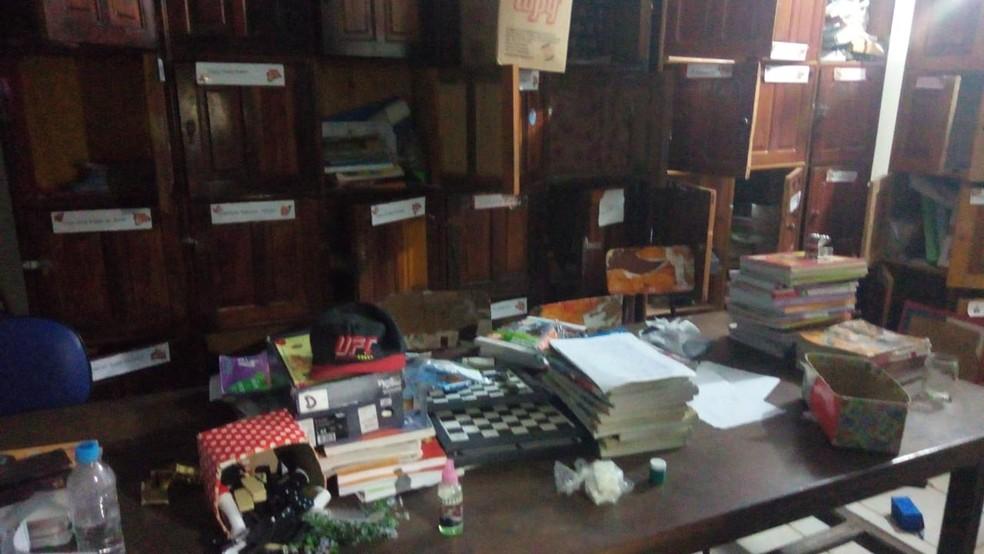 Escola de Itabela foi arrombada por criminosos — Foto: Giro de Notícias