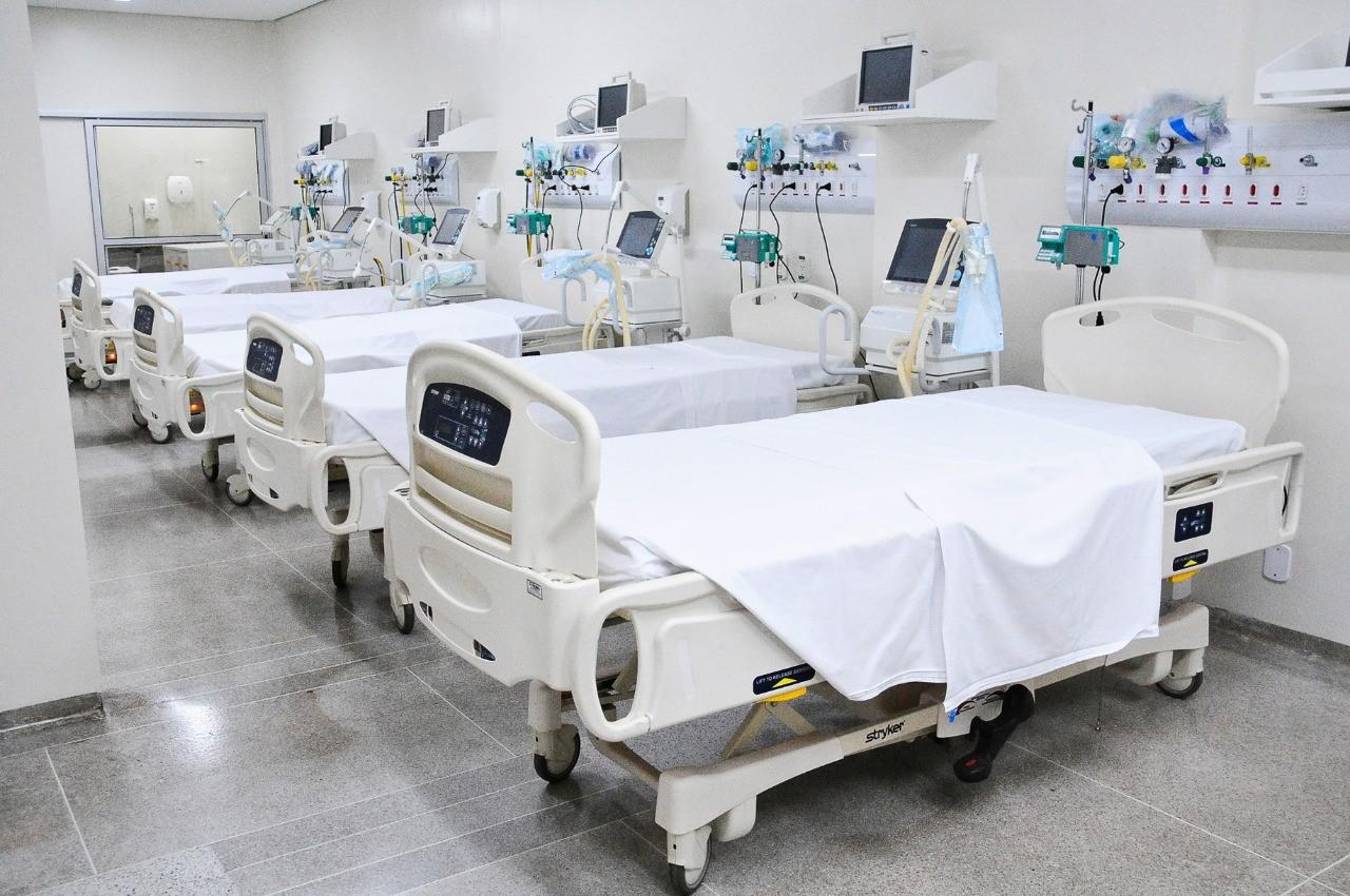 Ministério diz que faltam leitos e treinamento de profissionais de saúde no Brasil para enfrentar pico da epidemia