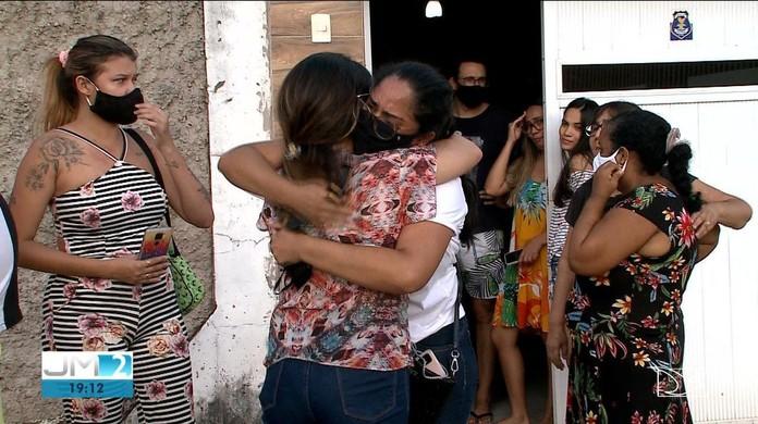 Soldado da PM é baleado durante troca de tiros no João de Deus, em São Luís  | Maranhão | G1