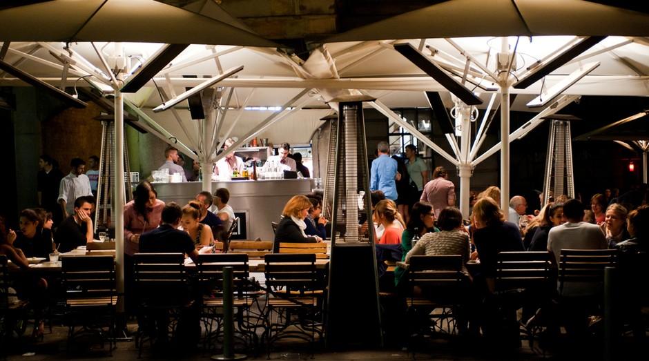 bar_restaurante_arlivre_pessoas_alimentação (Foto: Shutterstock)