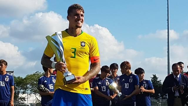 Lyanco segundo melhor jogador do Torneio de Toulon