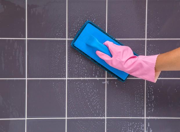 A limpeza do limo pode ser mais fácil se o local afetado tiver um cuidado diário (Foto: Thinkstock)
