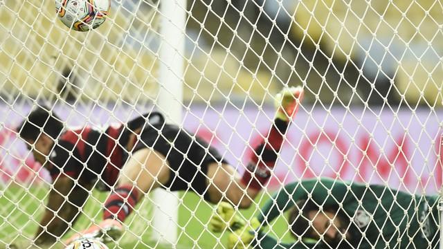 Confira a ficha técnica de  Fluminense 1(3)x(2)1 Flamengo pela decisão da Taça Rio