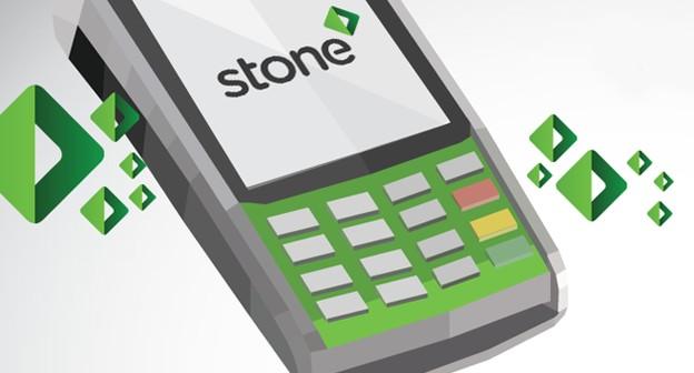 """Stone alfineta bancos e lança linha de chás para pessoas que """"perdem tempo na burocracia"""""""
