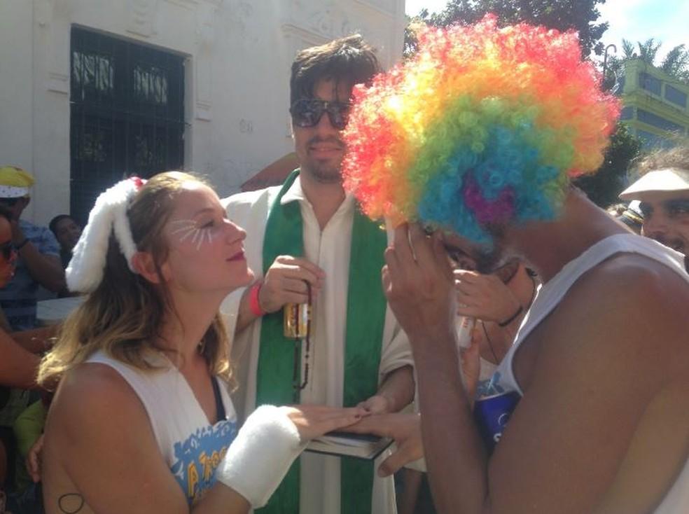 Na hora do sim, no carnaval de Olinda (Foto: Gabriela Favero/Arquivo Pessoal)