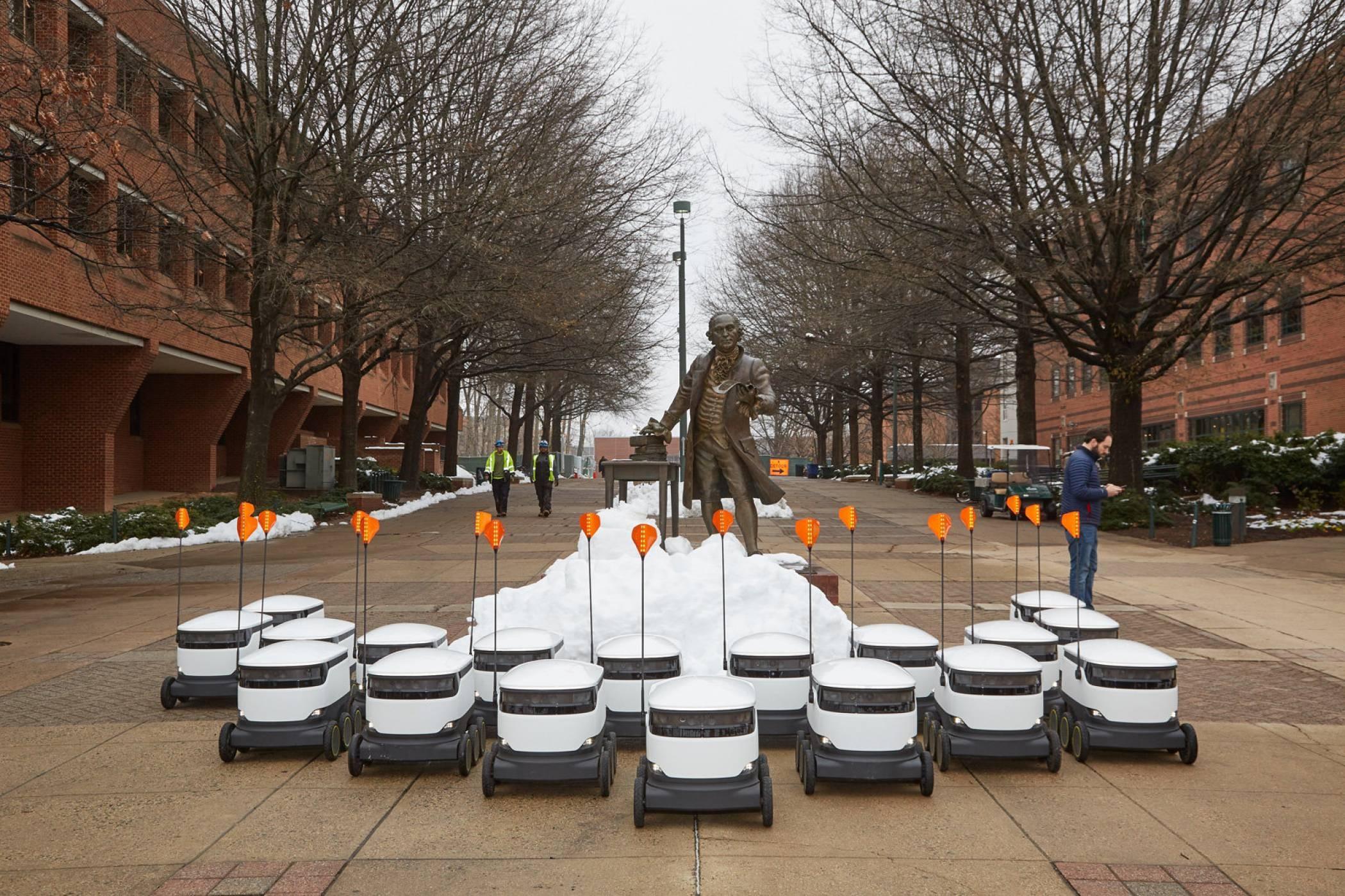 Robôs que farão entregas de comida em faculdade dos EUA (Foto: Starship Technologies/Divulgação)