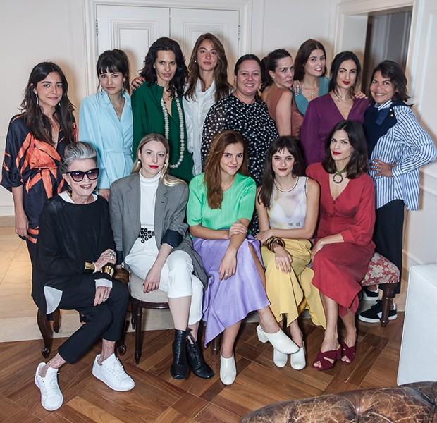 Ana Isabel de Carvalho Pinto, Costanza Pascolato o Vogue recebem para almoço em comemoração ao projeto Novos Designers  (Foto: David Mazzo)