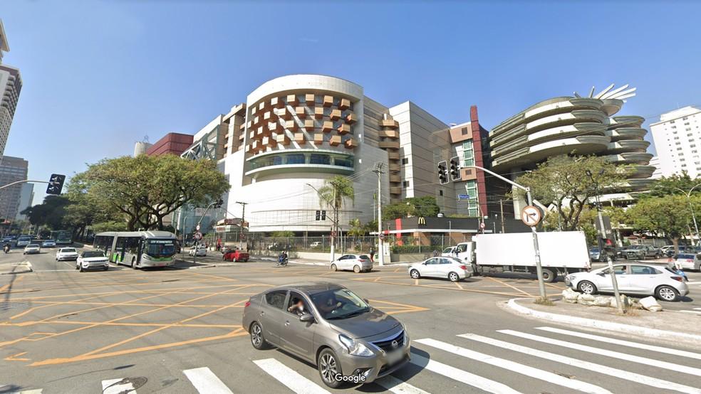 Shopping Bourbon em São Paulo, onde mulher foi acusada de furtar roupas — Foto: Reprodução/Google Maps