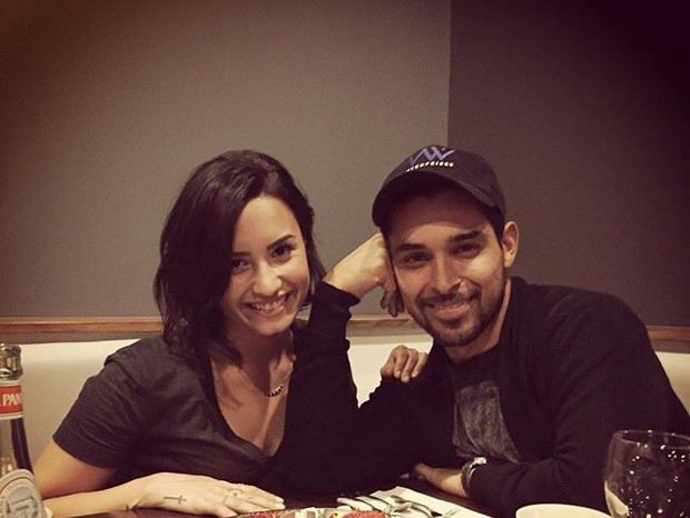 Demi Lovato e Wilmer Valderrama (Foto: Reprodução)