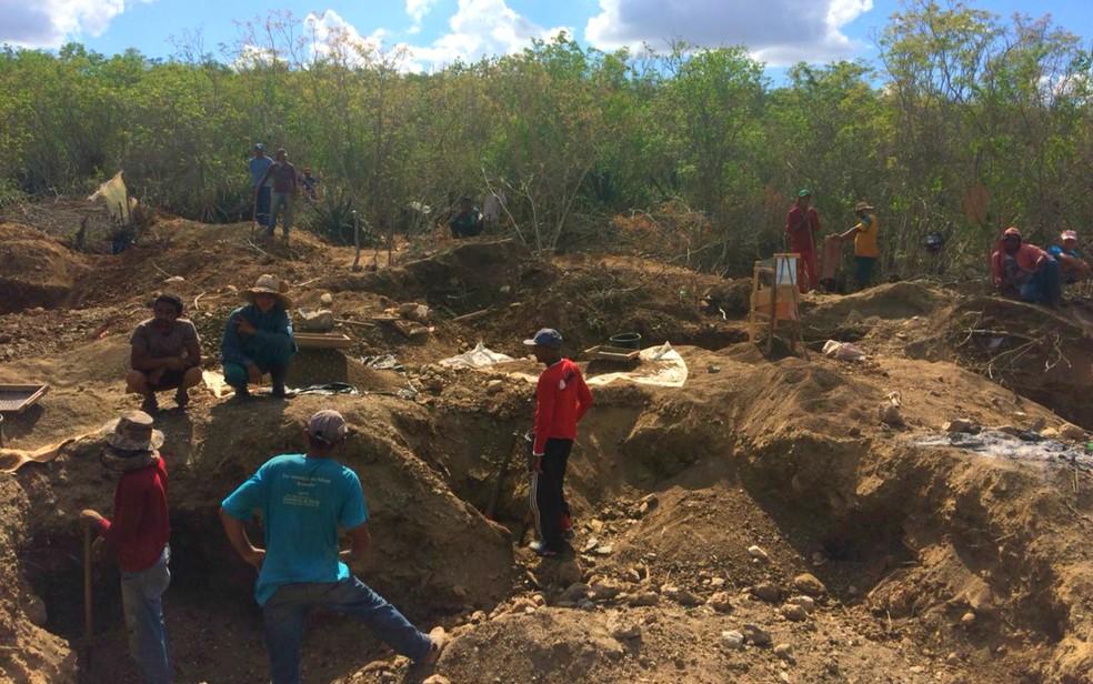 ANM fará diagnóstico do garimpo, para depois tomar as providências cabíveis — Foto: Dalton Soares/TV Bahia