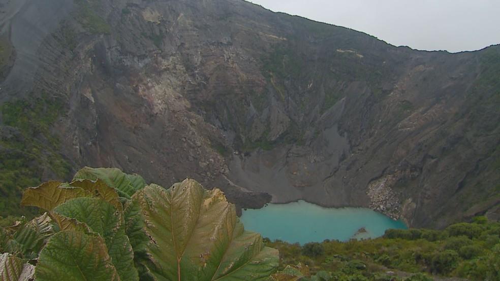 Vulcão Irazú, localizado na Costa Rica é além de ponto turístico, apoio na produção de café da região (Foto: Devanir Gino/Reprodução EPTV)