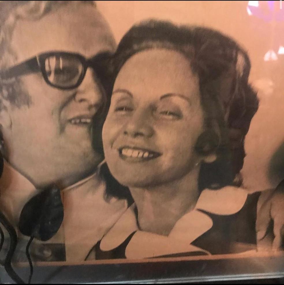 Chacrinha e Dona Florinda — Foto: Reprodução/ Álbum de família