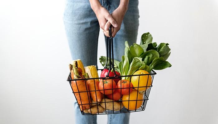 Escolher melhor seus alimentos pode te ajudar a reduzir sintomas da depressão (Foto: Pexels)
