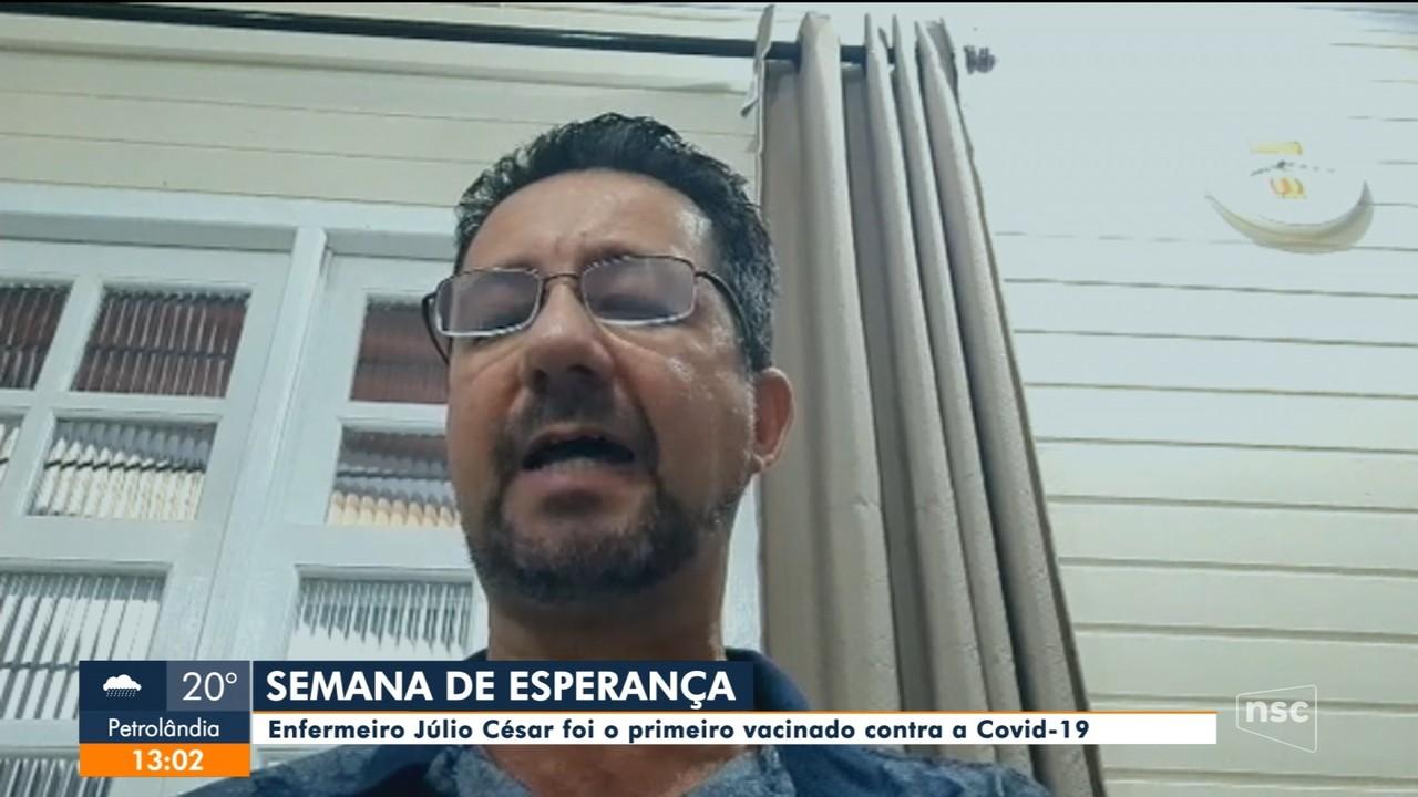 Emoção: enfermeiro fala sobre ser o primeiro vacinado em Santa Catarina
