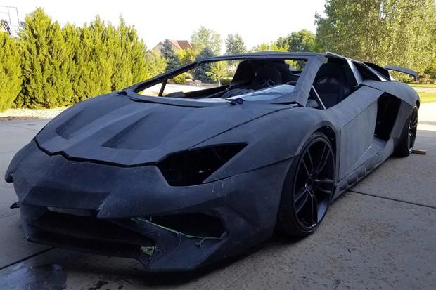 Lamborghini já está andando por conta própria (Foto: Reprodução)