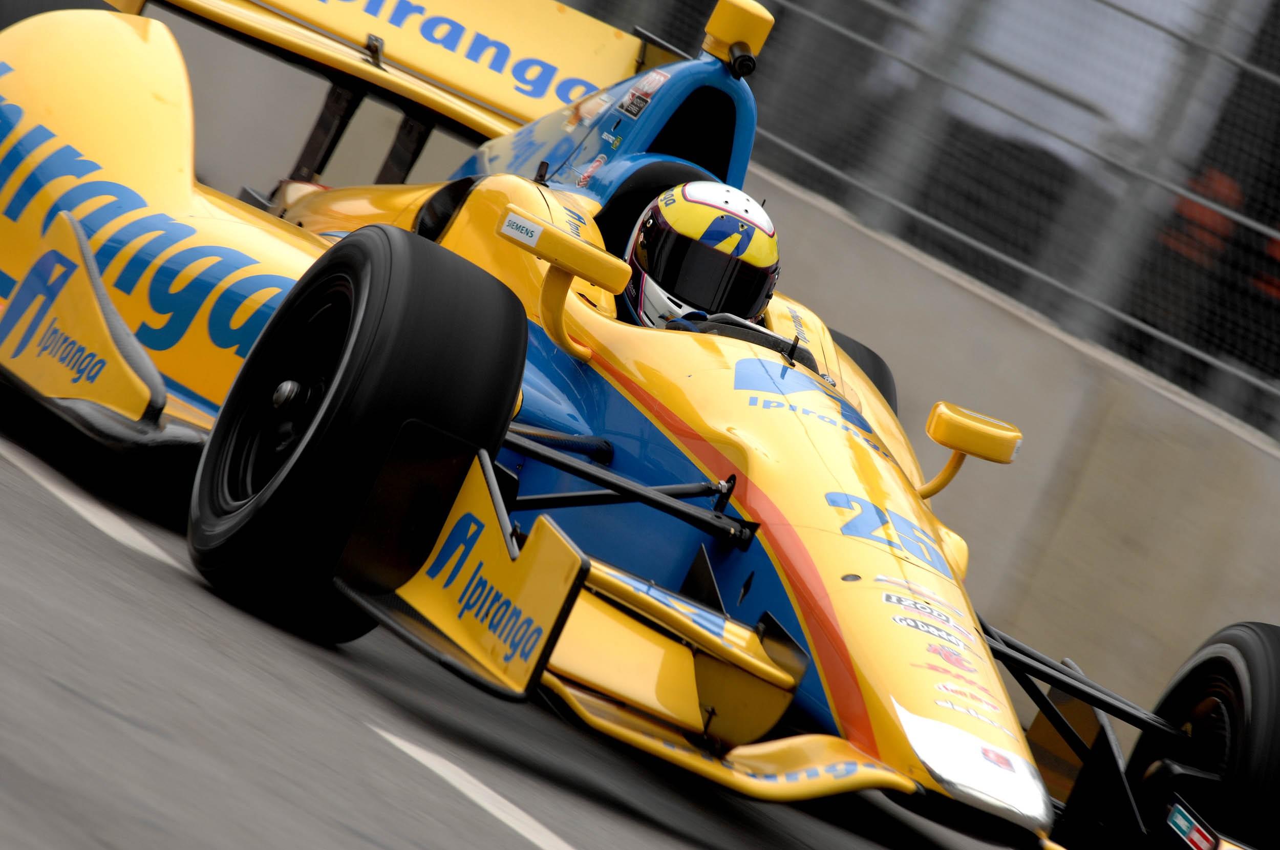 Bia Figueiredo foi a primeira mulher a competir na Fórmula Indy (Foto: Divulgação)