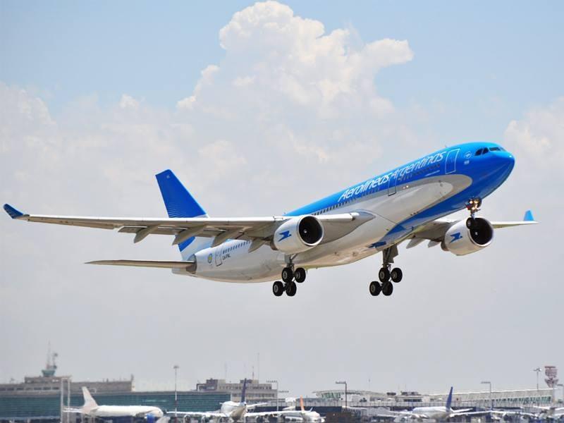 Greve da Aerolíneas Argentinas no final de semana pode afetar 75 mil passageiros - Notícias - Plantão Diário