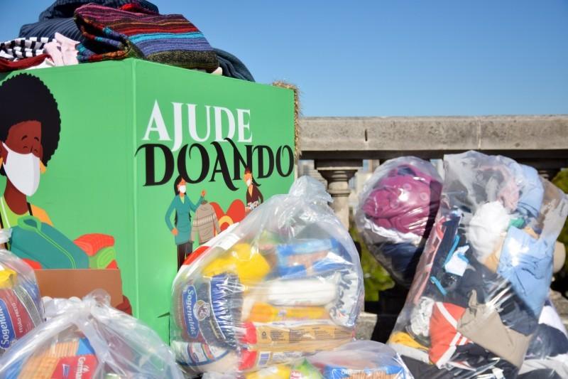 Governo do RS promove 'cobertaço' para arrecadar cobertores; saiba como ajudar