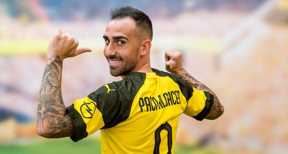 Alcácer esquece o Barcelona em 400 minutos e, cheio de confiança, finca sua vaga no Dortmund