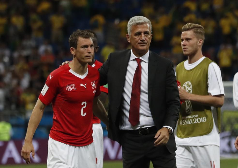 Vladimir Petkovic, técnico da Suíça, após empate diante do Brasil em Rostov (Foto: Darko Vojinovic/AP)