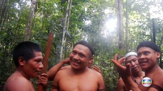 Principal base de proteção para índios isolados do país é atacada por caçadores