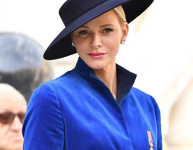 A princesa Charlene, de Mônaco, tem um visual que é naturalmente sexy  (Foto: Getty Images)