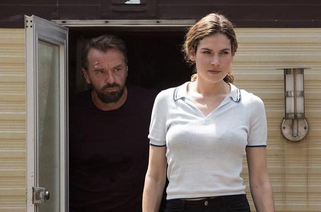 Cena de 'Undercover', série da Netflix (Foto: Reprodução)