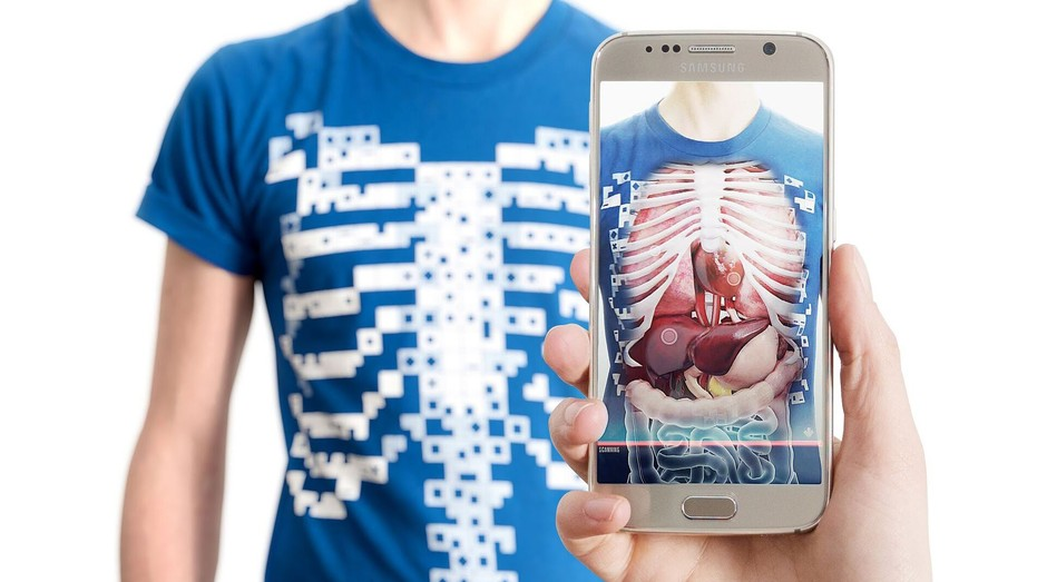 """Aplicativo The Virtuali-Tee mostra corpo humano """"por dentro"""" com uso de realidade virtual e aumentada (Foto: Divulgação)"""