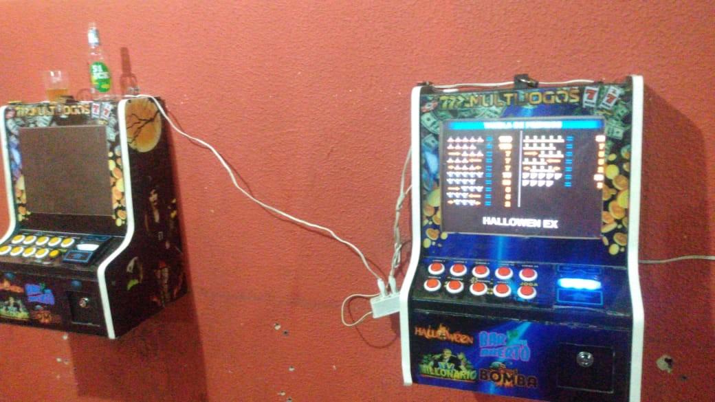 Polícia Militar encontra máquinas de caça-níquel em bar de Sorocaba
