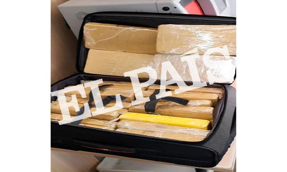 Foto dos pacotes de cocaína que eram transportados por militar brasileiro preso em Sevilha, na Espanha, foi divulgada pelo jornal 'El País' — Foto: El País/ Reprodução